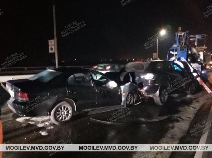 В Могилеве произошло ДТП с тремя автомобилями