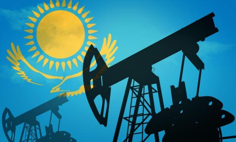 Лукашенко хочет договориться о поставках нефти из Казахстана
