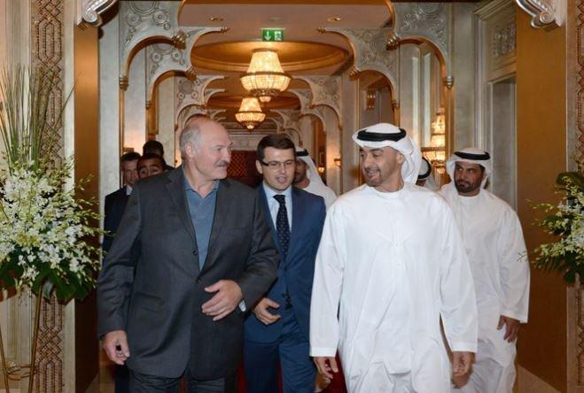 Александр Лукашенко отправился с визитом в ОАЭ