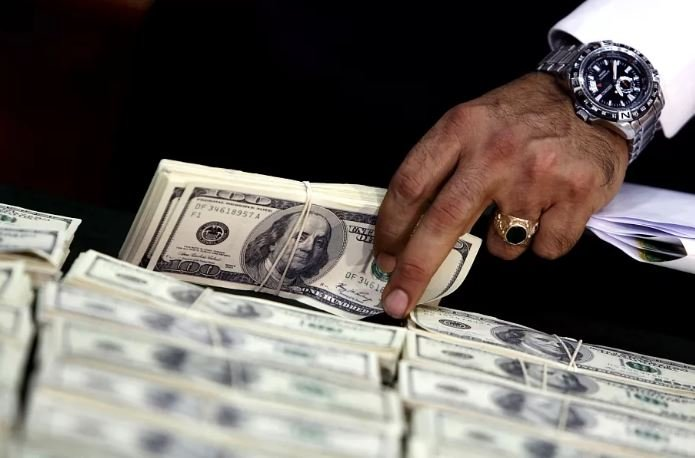 В Беларуси насчитали 7400 долларовых миллионеров