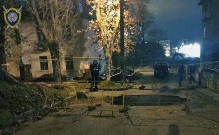 В Минске прохожий погиб в выкопанной коммунальщиками яме