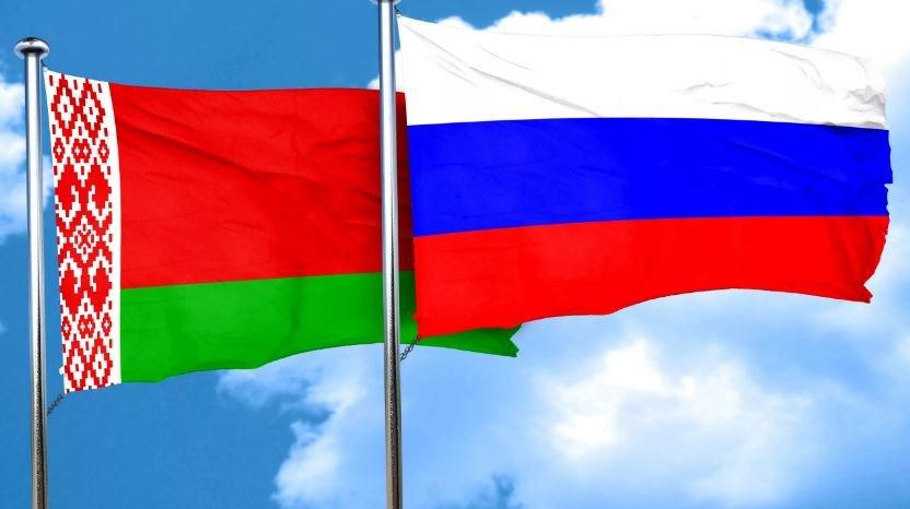 Латушко о России и Европе: «Мы не собираемся делать выбор»