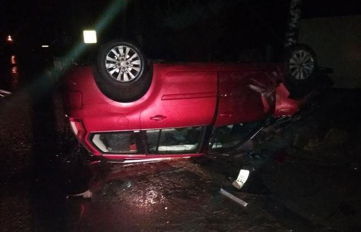 В Браславе перевернулся автомобиль с четырьмя пассажирами