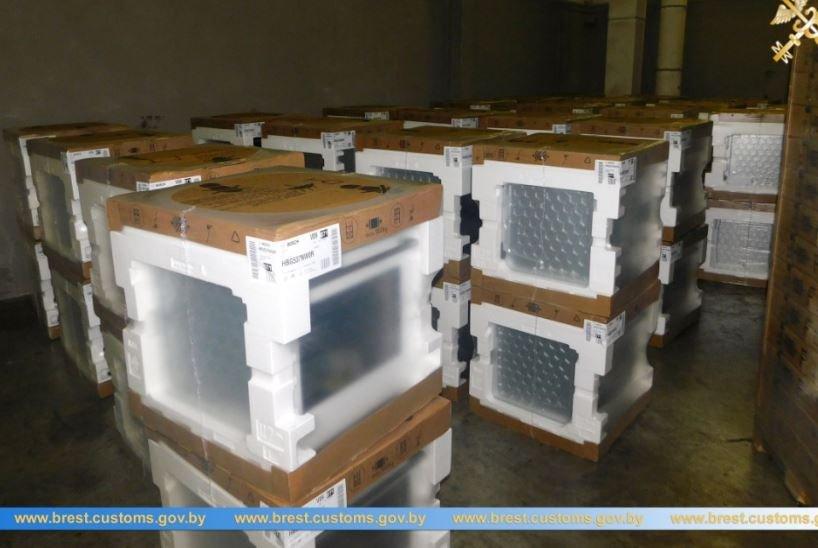 Духовые шкафы на 70 тысяч рублей пытались незаконно ввезти в Беларусь