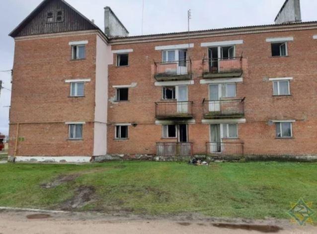 В Ивацевичском районе на пожаре сосед спас ребенка