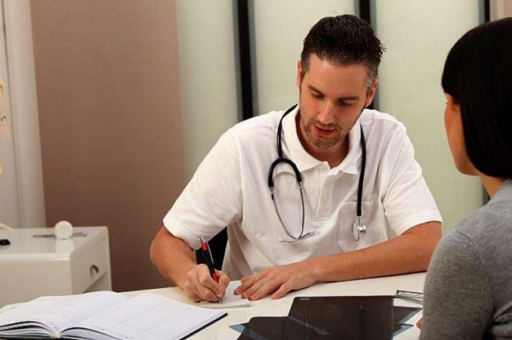 В Польше трудоустроились более 200 белорусских врачей