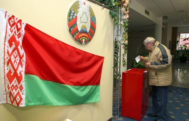 В Беларуси сегодня началось досрочное голосование на выборах