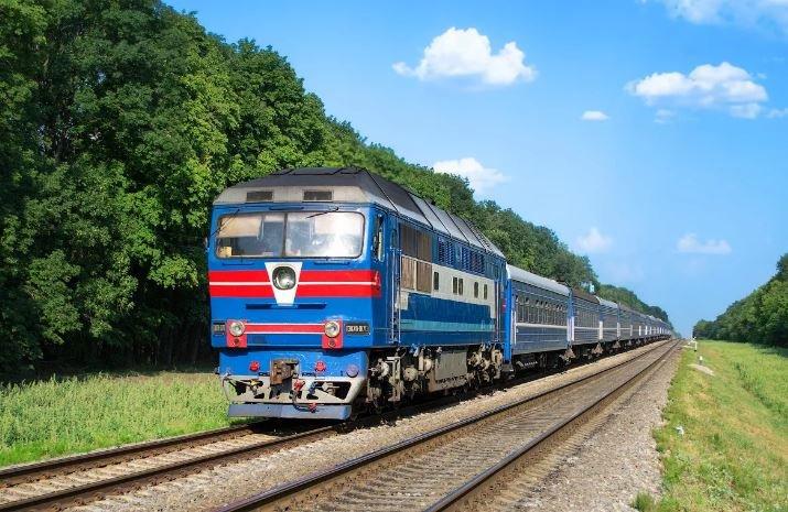 Пассажирский поезд насмерть сбил пенсионера под Минском