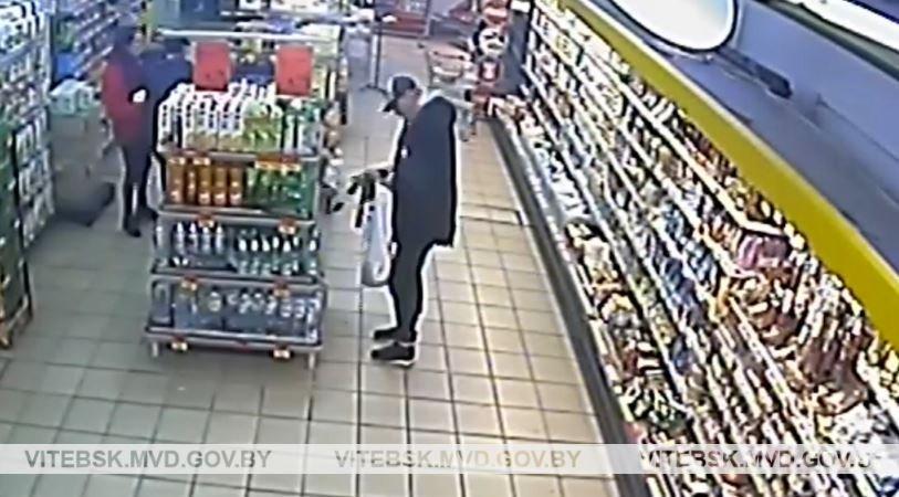 Витебчанин украл из магазина 22 батона колбасы