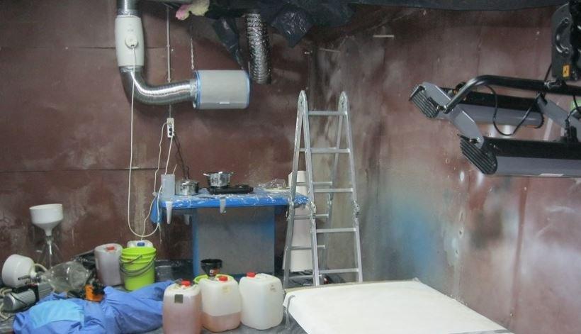 В Минском районе обнаружена лаборатория по серийному производству психотропов