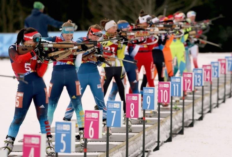 Белорусская биатлонистка Анна Сола стреляла по чужим мишеням
