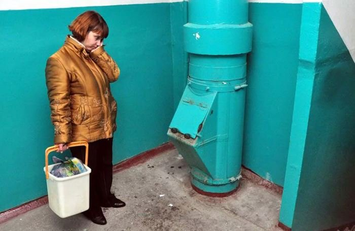 В Беларуси заварят все мусоропроводы в домах
