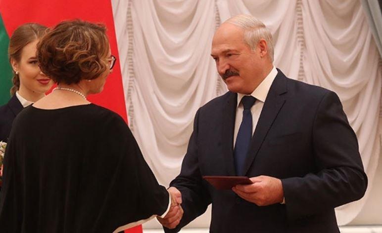 Лукашенко сравнит Tesla с белорусским электромобилем