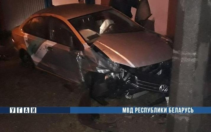 Пьяный мужчина разбил каршеринговый автомобиль в Минске