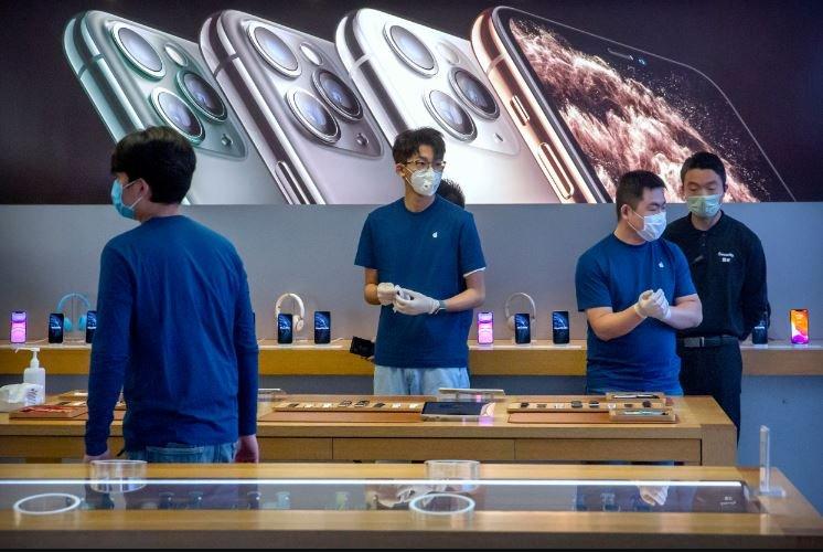 Apple может перенести выпуск iPhone 12