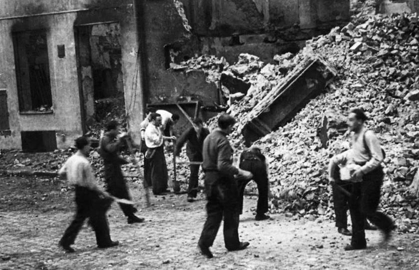 Трудовой лагерь, лагерь смерти, концентрационный лагерь, гетто