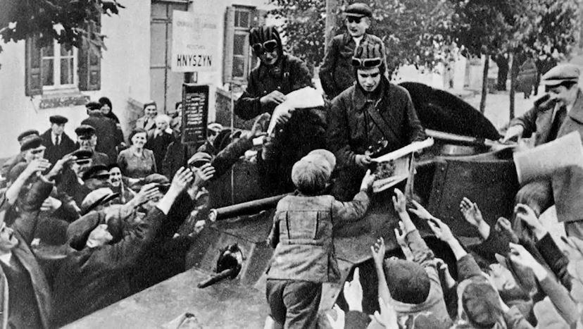 Вступление Красной Армии в Польшу и ее освобождение