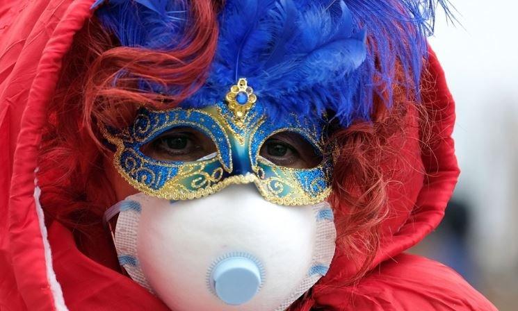 В Италии отменили карнавалы и модные показы из-за вспышки коронавируса
