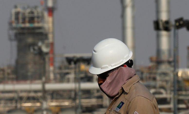 Саудовская Аравия объявила рекордные за 20 лет скидки на нефть