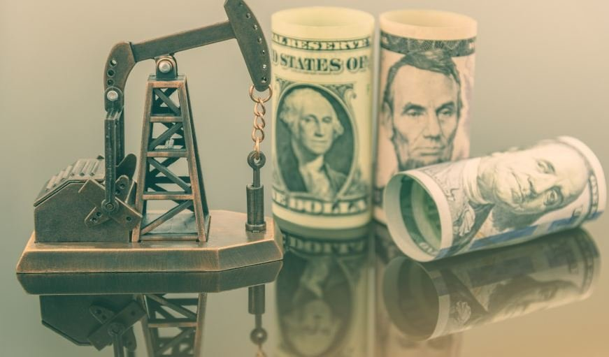 Эксперты назвали две потенциальные валюты постдолларового мира