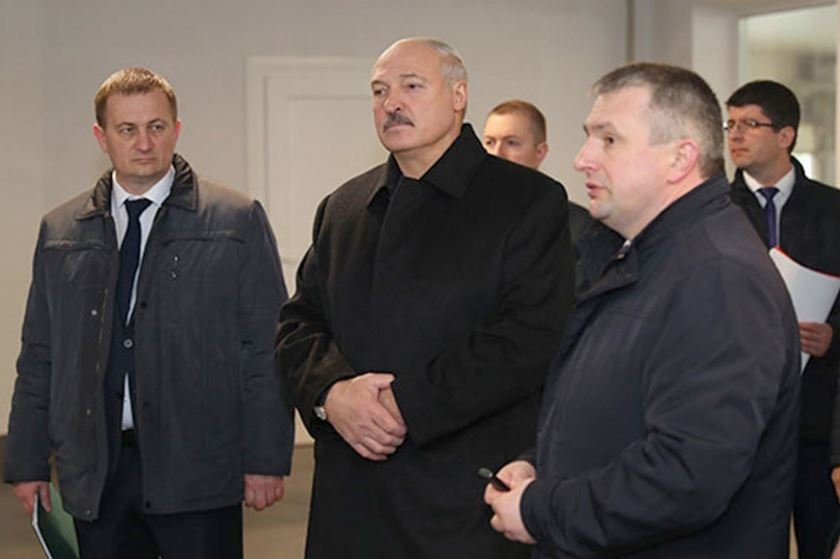 Лукашенко призвал аграриев активизировать полевые работы