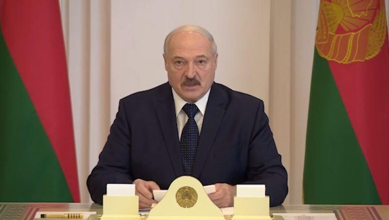 Лукашенко анонсировал появление новой конституции Беларуси