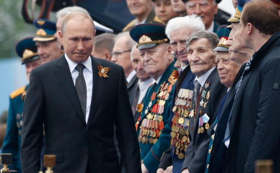 Глав стран СНГ снова пригласят на парад Победы в Москве