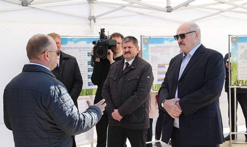 Лукашенко посещает Наровлянский район