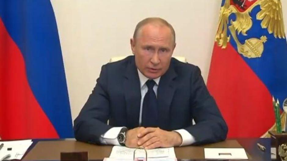 Путин заявил о завершении периода нерабочих дней в России