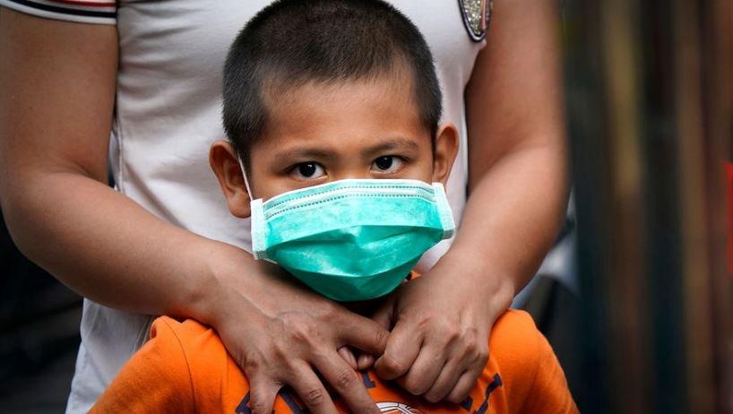 Названы первые симптомы коронавируса у детей