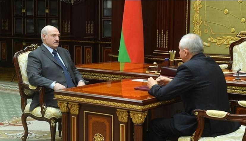 Лукашенко принял отставку управляющего делами президента Шеймана