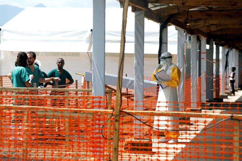 В африканской Гвинее началась эпидемия лихорадки Эбола