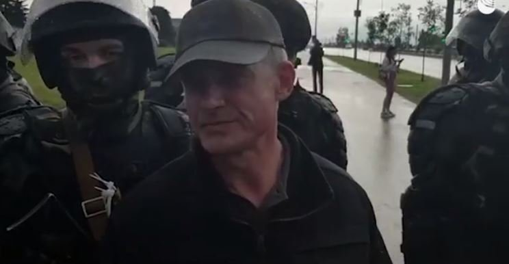 Помощник Лукашенко отверг возможность переговоров с оппозицией