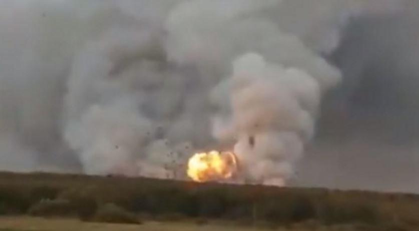 На военном складе под Рязанью взорвались боеприпасы из-за пожара