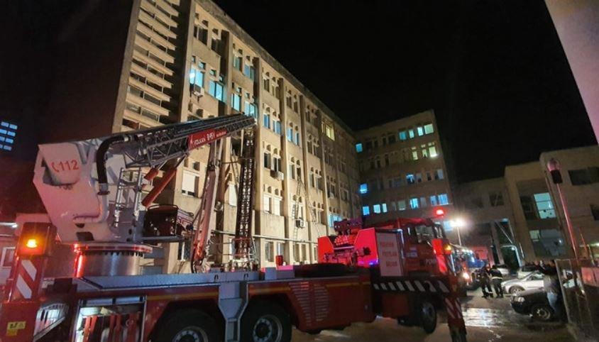 В Румынии при пожаре в больнице для лечения больных коронавирусом погибли 10 человек