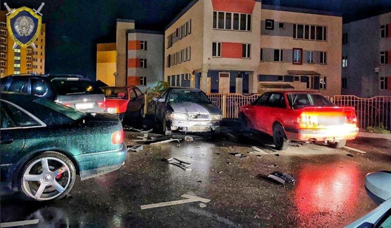 В Гродно неизвестные взорвали автомобиль сотрудника милиции
