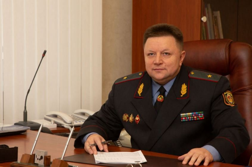 Помощник Лукашенко пообещал навести порядок в Минске