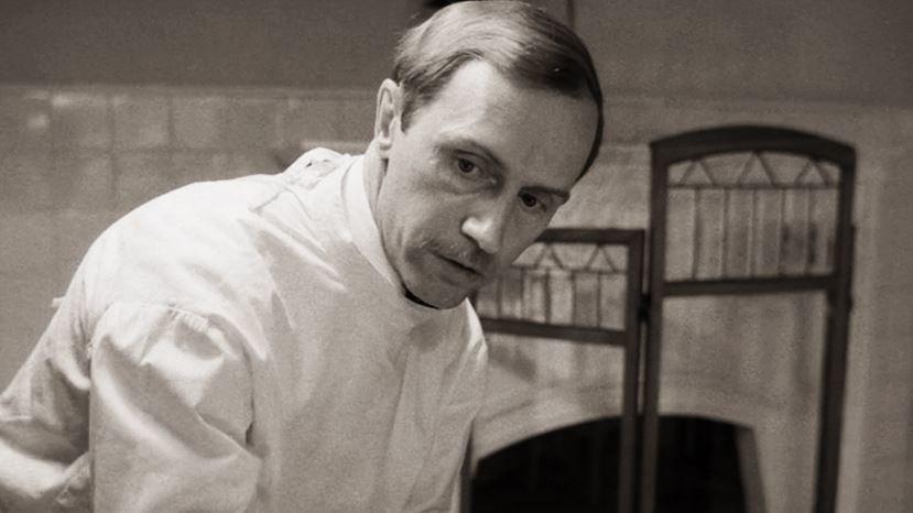 Умер актер Борис Плотников, сыгравший доктора Борменталя в «Собачьем сердце»