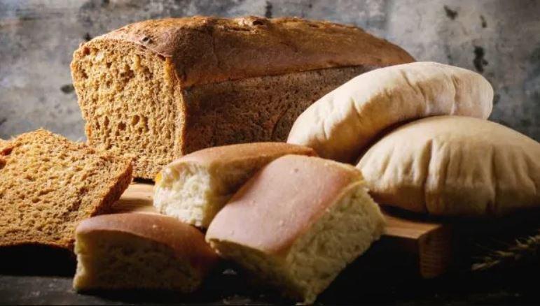 Врач рассказал о вреде черного хлеба