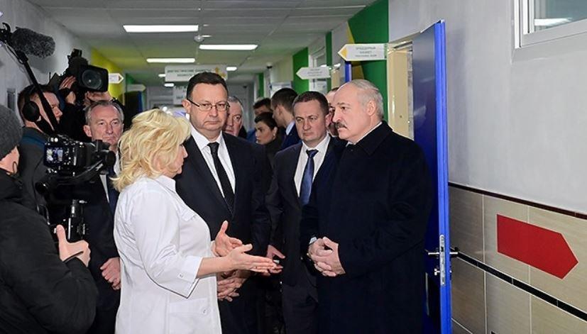 Лукашенко надеется на выход Беларуси на плато по заболеваемости COVID-19