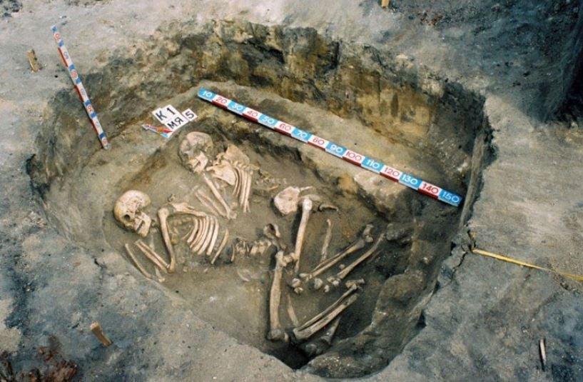 Ученые обнаружили свидетельства того, что неандертальцы хоронили умерших