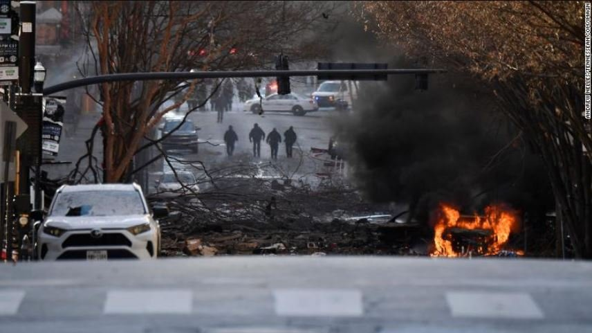 Автомобиль со взрывчаткой взорвался в центре Нэшвилла