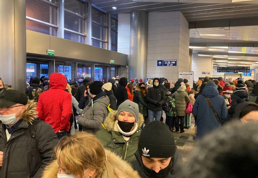Навального задержали в аэропорту Шереметьево