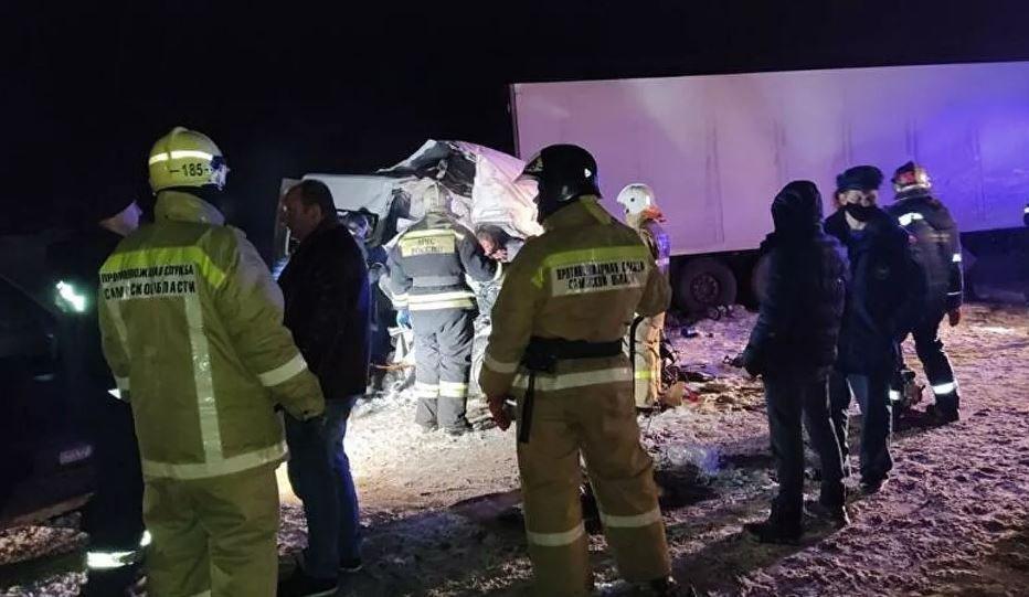 Число жертв ДТП с микроавтобусом в Самарской области выросло до 12