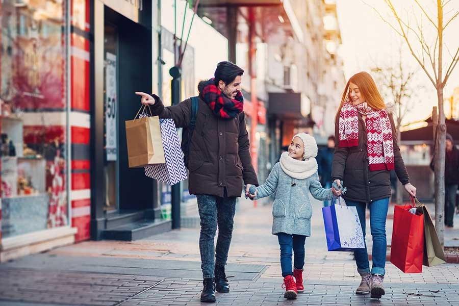 Обзор выгодных акций и скидок в магазинах Минска на 1 февраля