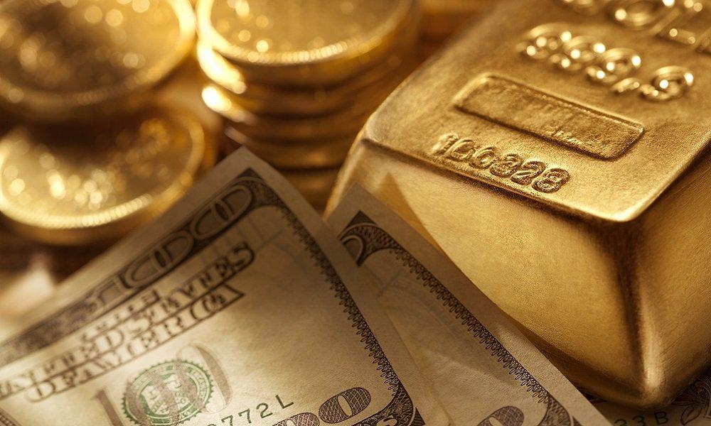 Эксперт назвал опасные для приобретения валюты в 2021 году