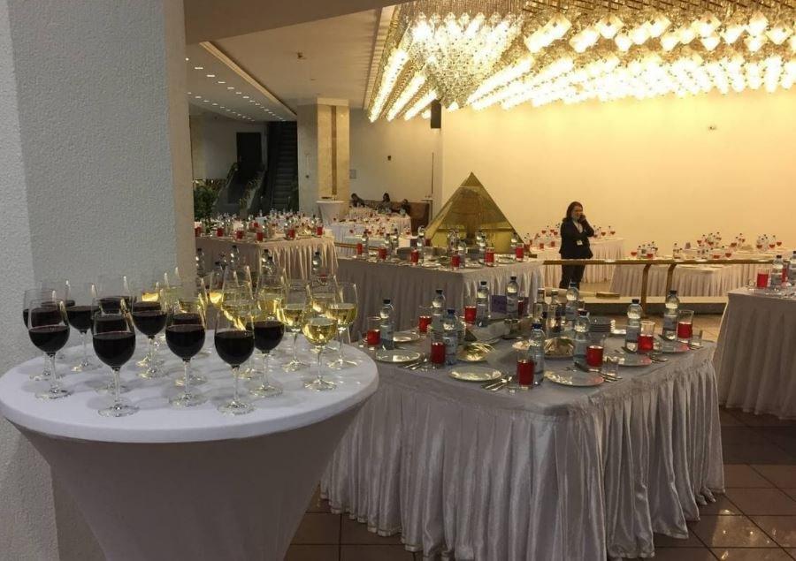 Участникам VI Всебелорусского собрания предложили по 100 грамм водки «Finsky»
