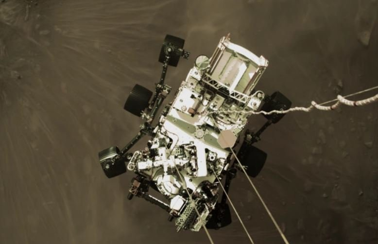 NASA опубликовало видео приземления ровера Perseverance на Марс