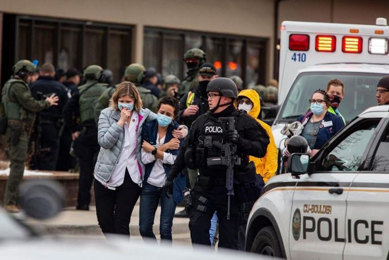 В результате cтрельбы в Вирджинии пострадали два человек