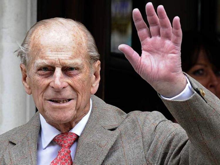 В Великобритании в возрасте 99 лет скончался принц Филипп